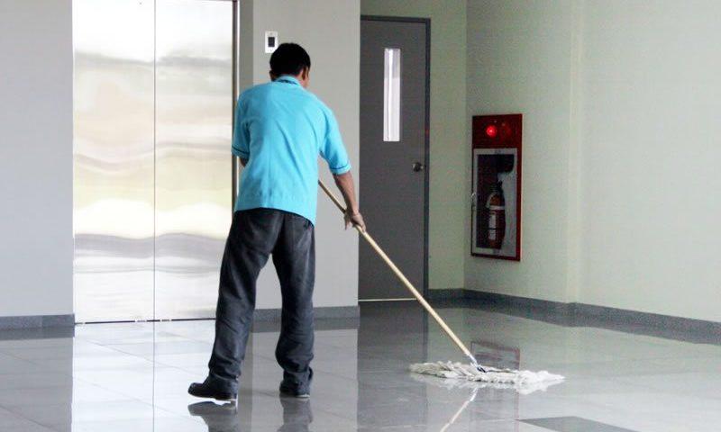 limpieza de la comunidad de vecinos